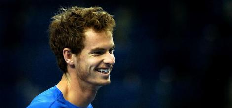 Andy Murray looks to avoid the upset.